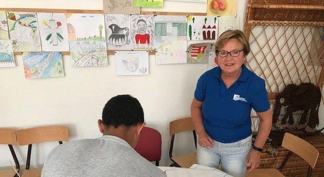 In de zomer van 2019 zijn wij (Sanne, Bert en Ineke Ruiter) onder de paraplu van Dorcas Hongarije een week in een jongensgevangenis aan het werk geweest in Debrecen, vlak bij de Dorcas camping (waar we al actief zijn met zomerkampen aan kinderen). De jongens die in de gevangenis verblijven zijn tussen de 13 en […]